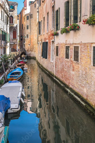 Foto op Canvas Caraïben Canal with beautiful medieval facades. Venice, Italy.