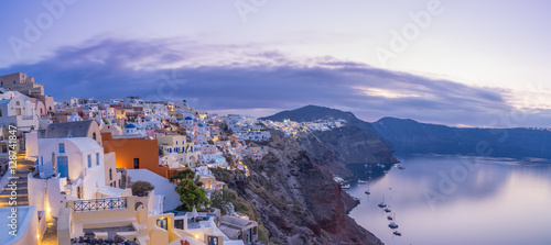Foto op Canvas Santorini cityscape of Oia, traditional greek village of Santorini at sunset, Greece