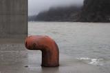 北海道噴火湾 港の係留杭 虻田漁港