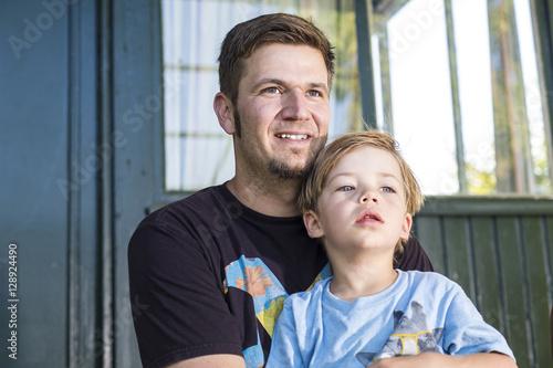 Poster Portrait Papa und Sohn