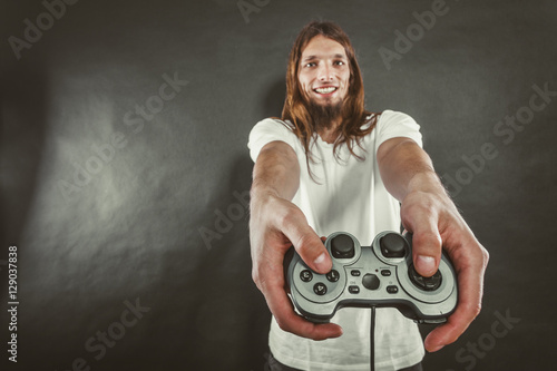 Poster Happy man playing games