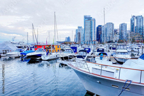 Moored yachts and marina at Coal Harbour in Vancouver, Canada Plakát