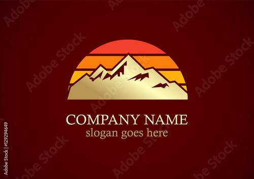 Fotobehang Bruin gold mountain sunrise logo