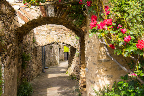 Village of Saint Martin de l'Arçon in Provence, Luberon © Evelyne