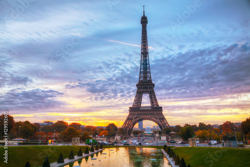 Cityscape with the Eiffel tower in Paris, France - 129592605