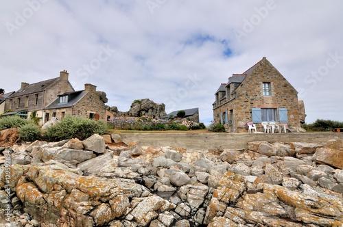 Paysage de bord de mer sur la côte bretonne  Poster