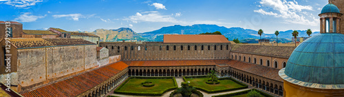 Spoed canvasdoek 2cm dik Palermo overhead view of the courtyard Cathedral of Monreale. Sicily Italy
