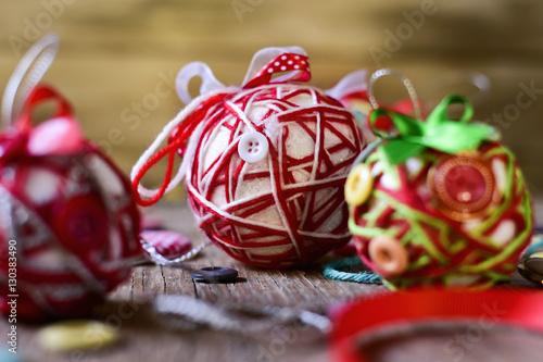 Poster handmade christmas balls
