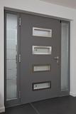 porte de rue intérieur maison villa - 130451825