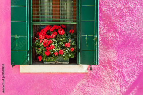 Papiers peints Rose banbon Colorful houses in Burano island near Venice, Italy