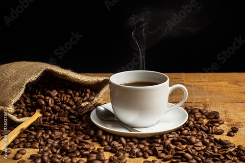 Taza de café con humo