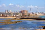 Skyline im sommerlichen Cádiz
