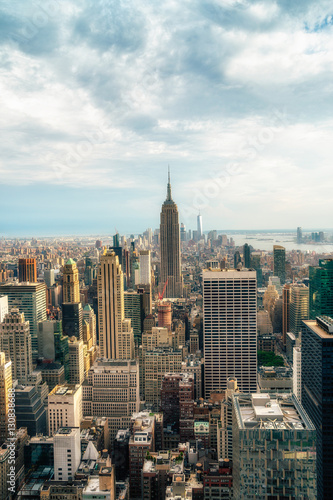Foto op Aluminium New York NEW YORK CITY: Observers view Midtown from Top of the Rock Rockefeller center. Manhattan is often described as the cultural and financial capital of the world.