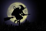 Epifania, Befana con scopa nella notte..