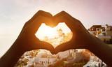 Silhouette hand in heart shape - 131250803