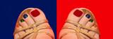 Разноцветный педикюр на синим и красном фоне.