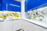 Modern built in kitchen - 131338037