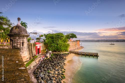 Foto op Canvas Caraïben San Juan, Puerto Rico Caribbean coast along Paseo de la Princesa.