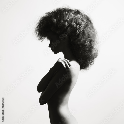 Fotobehang Women Art Beautiful woman with magnificent hair