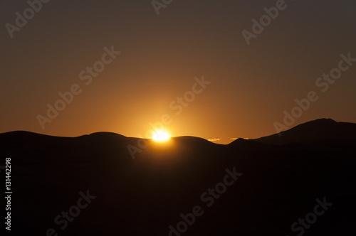 Poster Amanecer en el desierto de Merzouga, Marruecos