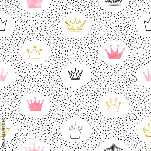 Seamless watercolor and glittering crowns pattern. Vector background.  - 131523860