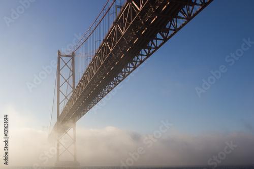 Poster Nevoeiro Ponte 25 de Abril - Lisboa