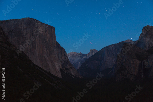 Poster Yosemite Valley at Night