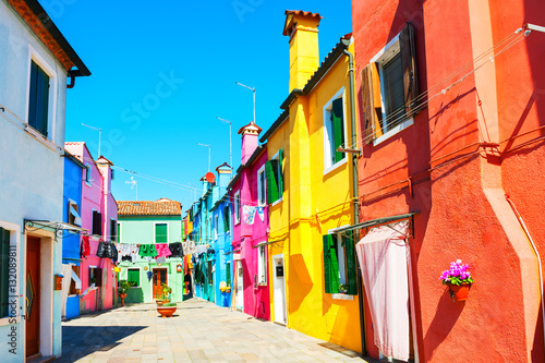 Papiers peints Corail Colorful houses in Burano island near Venice, Italy
