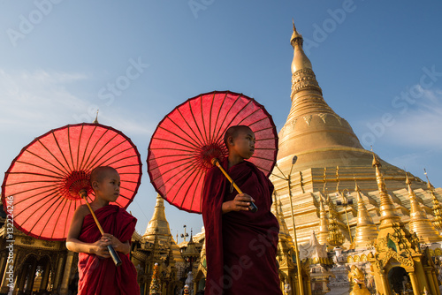 Poster Couple monks travelling in Shwedagon Pagoda