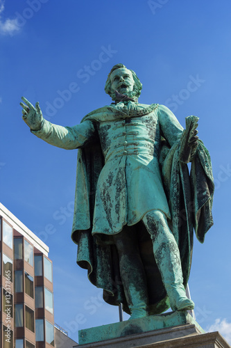 Poster Statue of  Joseph von Etooes
