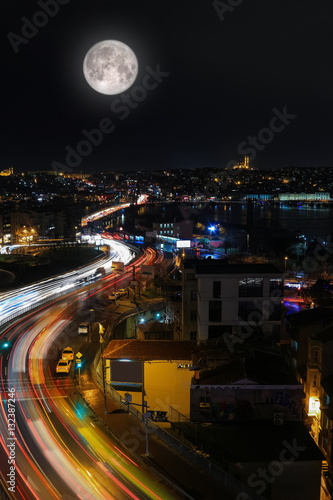 Poster Istanbul city skyline at night