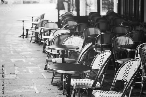 vintage Paris view, old street traditional retro cafe in France - 132620291