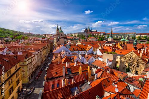 Papiers peints Prague Mala Strana (Lesser Town of Prague) and Prague Castle. Prague, Czech Republic