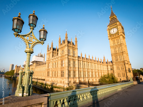 Early morning London:  Houses of Parliament and Big Ben Poster