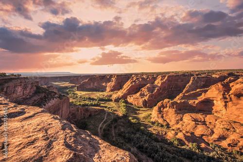 In de dag Oranje eclat Canyon de Chelly (Explored)