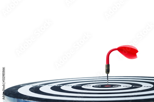 Poster The bending red dart arrow on center of dartboard Isolated on wh