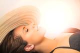 Sunbathing beauty - 133000059