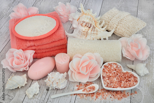 Poster Cleansing and Exfoliating Accessories