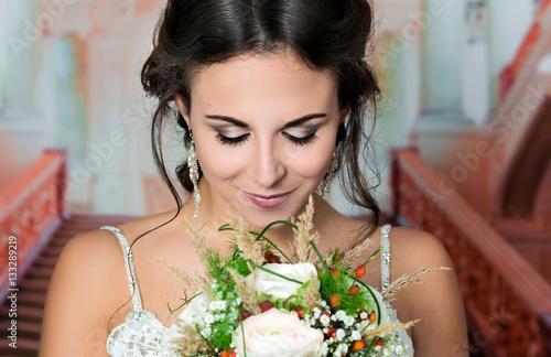 Spoed canvasdoek 2cm dik Kapsalon Natürliches romantisches Make-up und Styling für eine Hochzeit