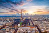 Paryż w zachodzie słońca