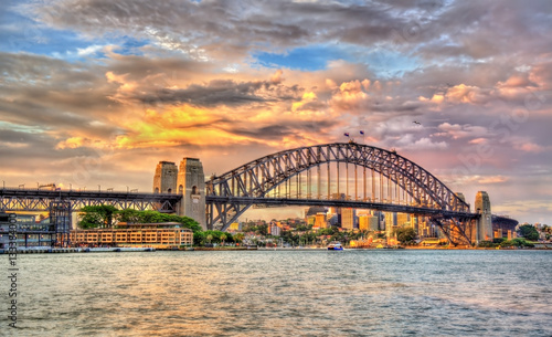 Papiers peints Lavende Sydney Harbour Bridge at sunset