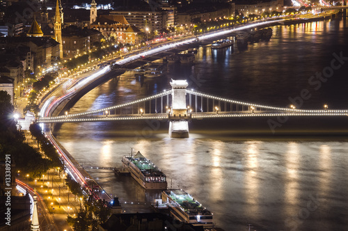Poster Chain Bridge in Budapest, night scene