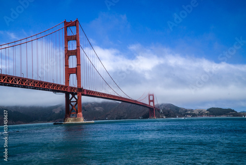 Poster Golden Gate Bridge, San Francisco, California with fog and clouds
