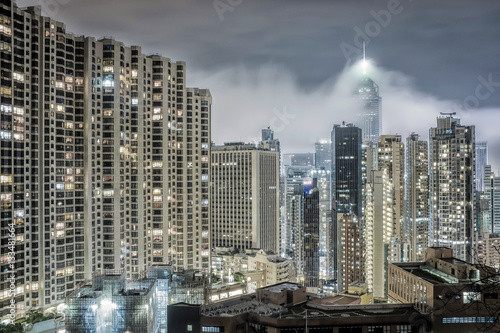 Poster Hochhäuser bei Nacht