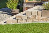 Stufen aus Naturstein im Garten
