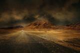 montagne désert vierge route chemin seul climat chaud sécheresse - 133678406