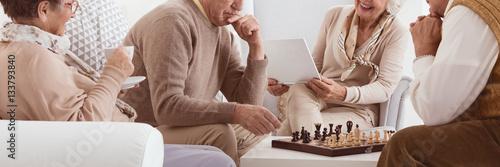 Poster Seniors playing chess
