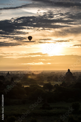Poster Sunrise with air ballon and pagode in Bagan-Myanmar