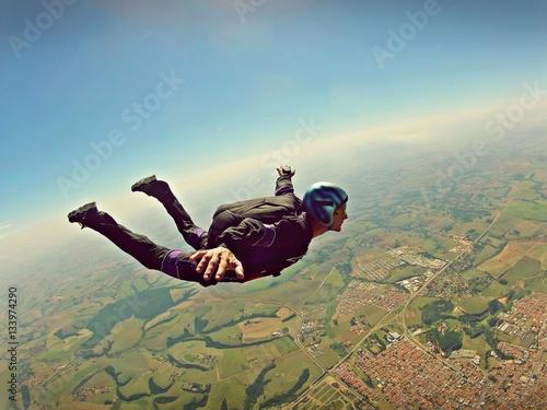 Zdjęcia na płótnie, fototapety, obrazy : Skydiver freedom concept vintage color