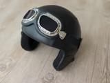 Pilot helmet with goggles
